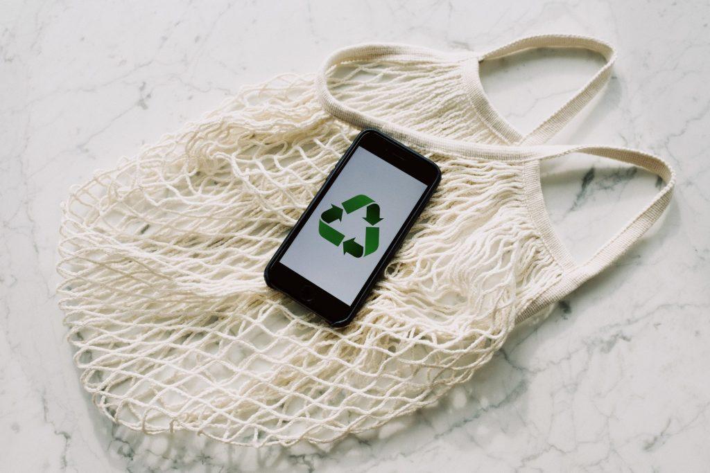 kierrätä apple tuotteet